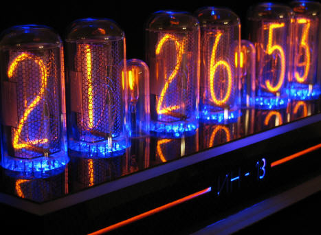 picture of clock built by C. Schramm using both Nixie tubes and blue LEDs